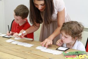 Children learn languages at la Academia